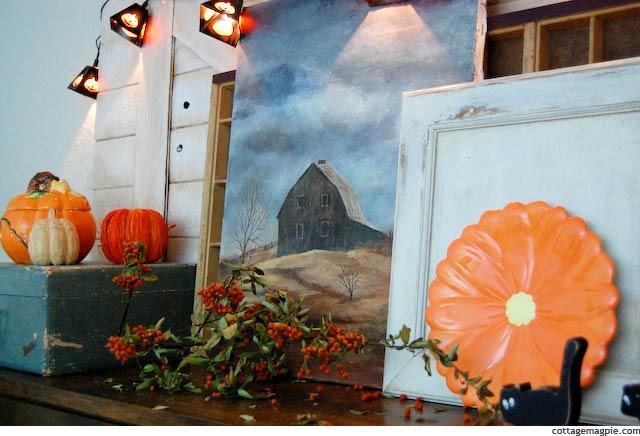 fall-and-halloween-mantel-2012
