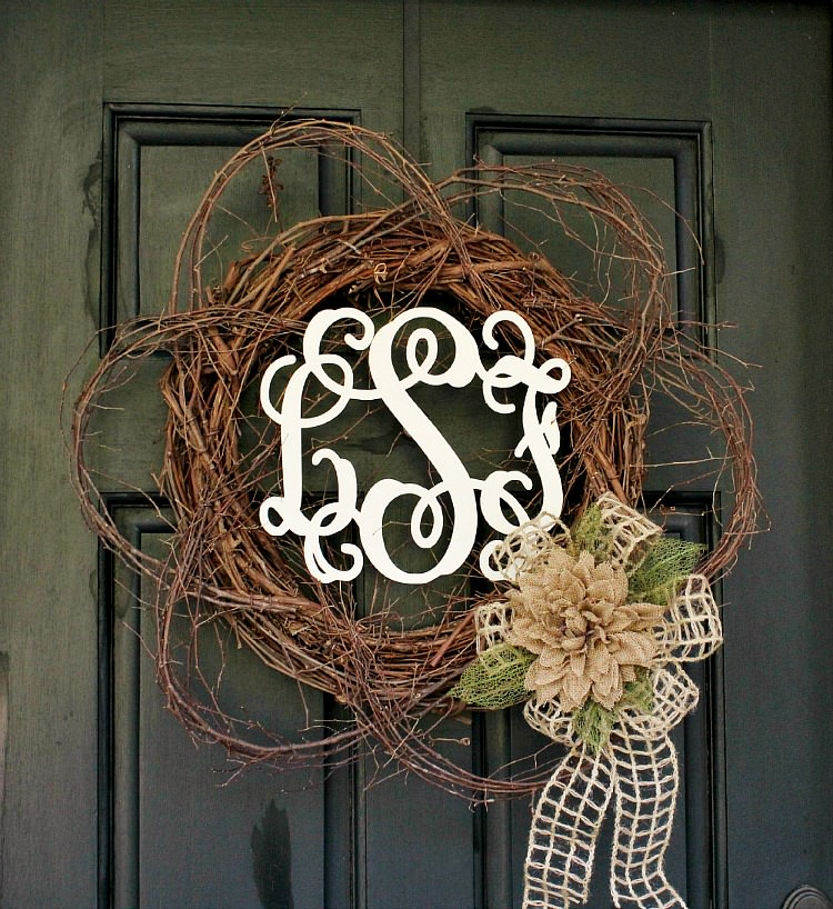 Wood-Monogram-Spring-Wreath