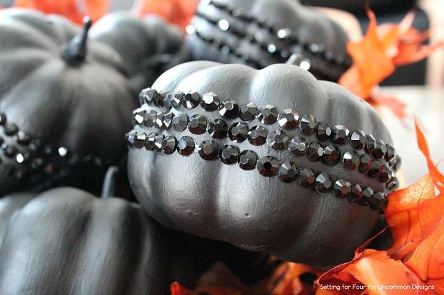 DIY_Jeweled_halloween_pumpkins