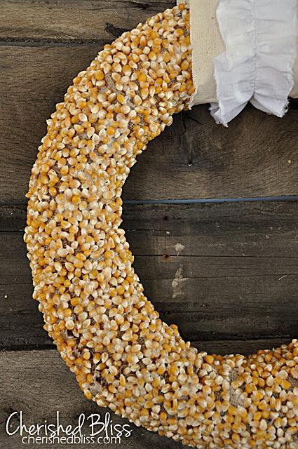 popcorn kernel fall wreath