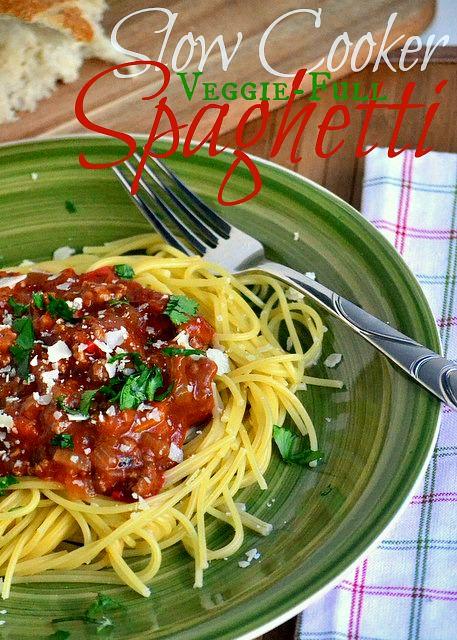 Slow-Cooker-Veggie-Full-Spaghetti_momontimeout