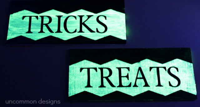 glow-in-the-dark-sign