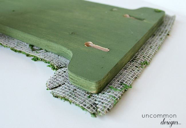 diy-letters-covered-in-moss