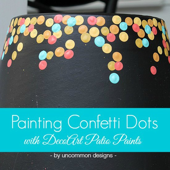 How to paint a confetti dot pot via Uncommon Designs. A perfect craft project to do with the kids for a fun outdoor diy. It is even a little chalkboard!