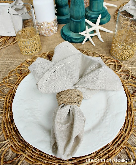 Beach-table-setting-uncommon-designs