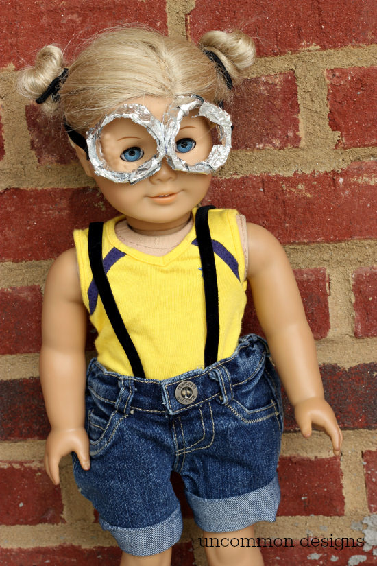 DIY Minion American Girl Halloween Costume via Uncommon Designs #doll crafts