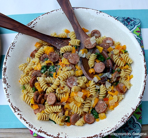 Aidells andouille sausage pasta with Cupcake Wine: Savor the Summer with a simple gathering